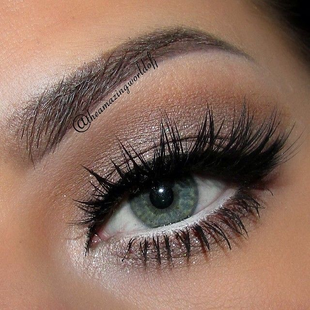 Light silver shadow with white liner to brighten your eyes.