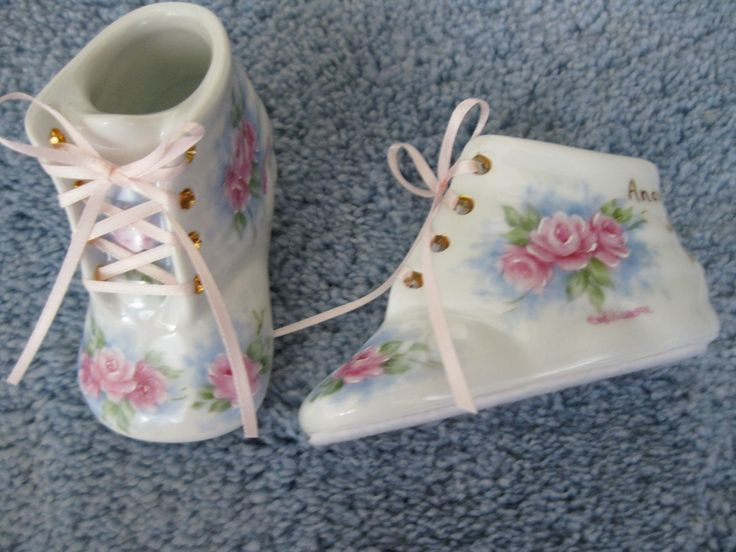 Porcelain Baby Shoe :: Carolene's China Painting  I have 2 of these!! 1 for Scott and 1 for John - made by Carolene herself!!