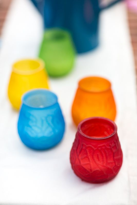These colourful citrionella #candles are a beautiful way to combating unwanted #summer pests. #SummerLovin