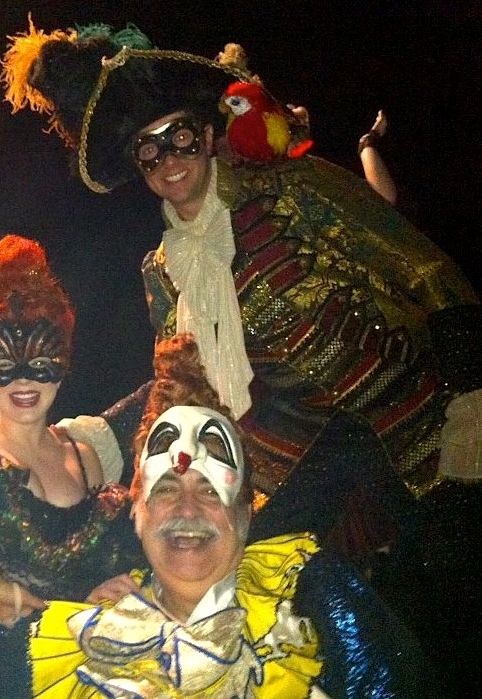 Operafantomet: phantoming, Raisin' me glass t' t' talk like a pirate day, me...