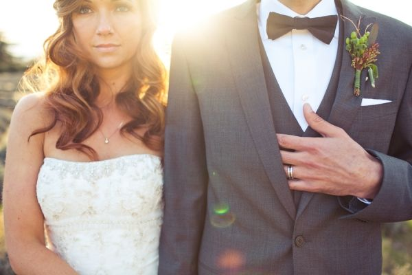 Southern California creative wedding: Pictures Ideas, Bride Grooms, Grooms Rings, 2008 2013 Ruffles, Country Californian, Rings Shots, Adorable, Beautiful Pictures, Beautiful Length