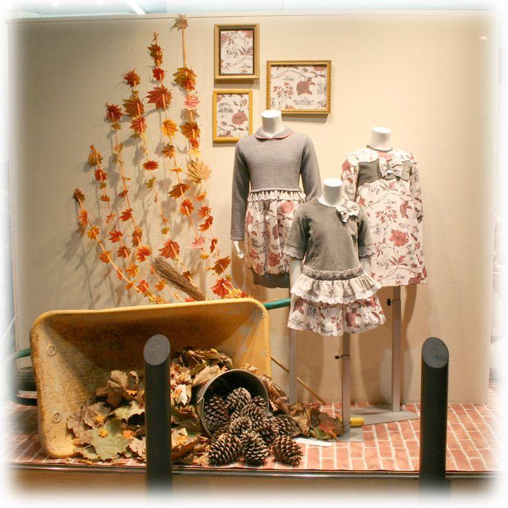 Escaparate moda infantil de otoño. Colección Foque.