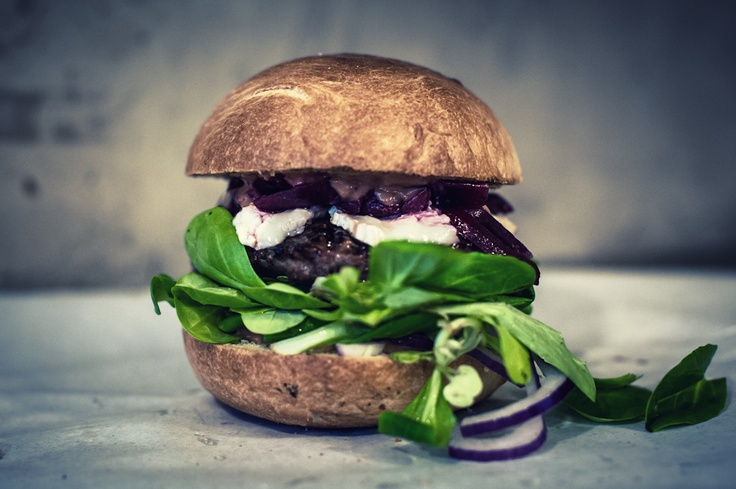 burger with beets and corn salad
