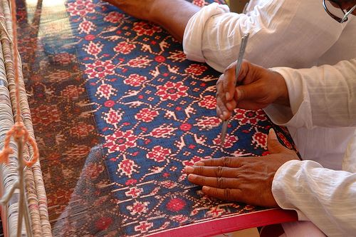patola weaving from patan(gujarat).....