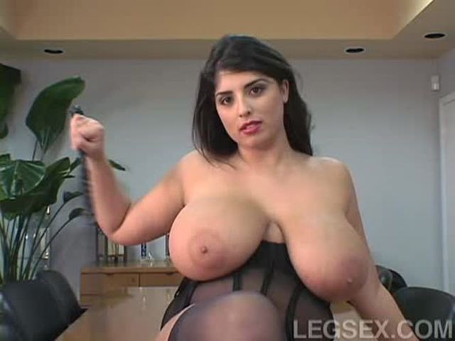 Seins Sexy Gros Kerry Marie