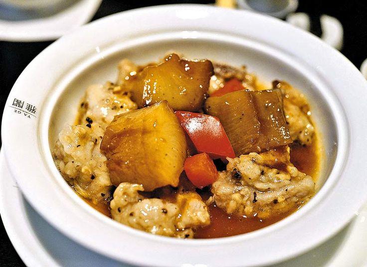 海參豆豉蒸排骨,聽起來很名貴。