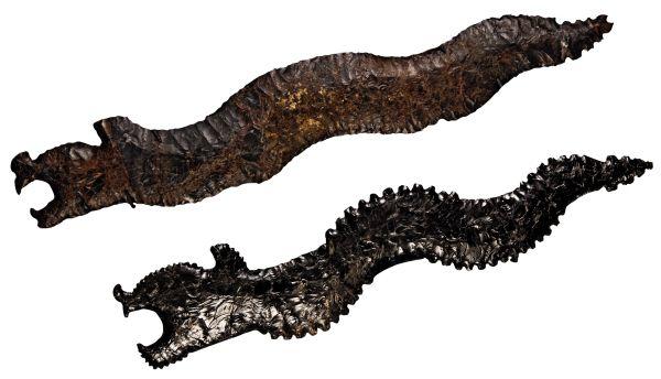 Teotihuacan. Couteaux en forme de serpent, Obsidienne grise