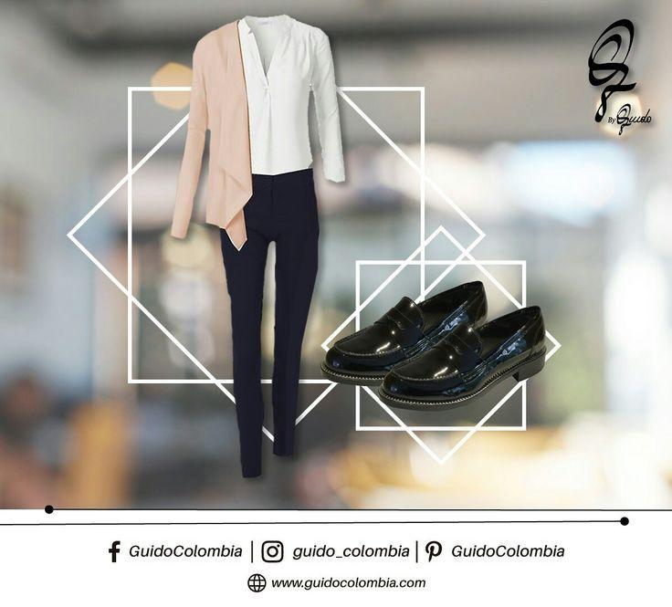 ¿Quién dijo que sólo con zapatos altos puedes lucir elegante y sofisticada? Te invitamos a probar este look en un día de trabajo.  C.C El Retiro Local 1-107 // C.C Hacienda Santa Bárbara Local B-123!  #Guido #GuidoColombia #Moda #Marroquineria #MarroquineriaColombia #Italia #CueroItaliano #Botas #Botines #Bolsos #Carteras #DiseñoItaliano #Outfits