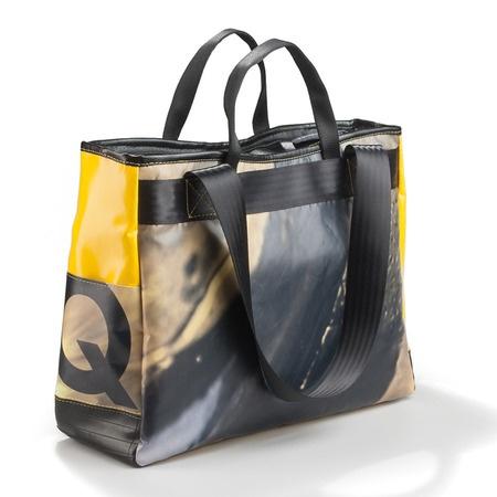 Trafalgar €150 http://kheperbags.it/en/1025/Trafalgar.htm Large bag with double outlet.