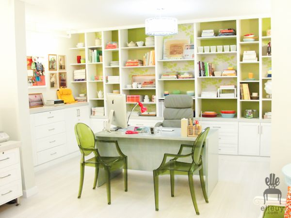 bookshelves: Stylists Offices, Crafts Rooms, Offices Crafts, Offices Spaces, Food Stylists, Workspaces, Offices Ideas, Green Home Offices, Organizations Offices