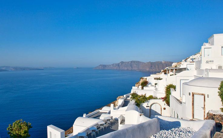 Luxury Hotel In Santorini | Canaves Oia Hotel