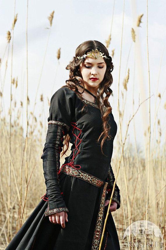 Black Medieval Dress Lady Hunter by armstreet on Etsy