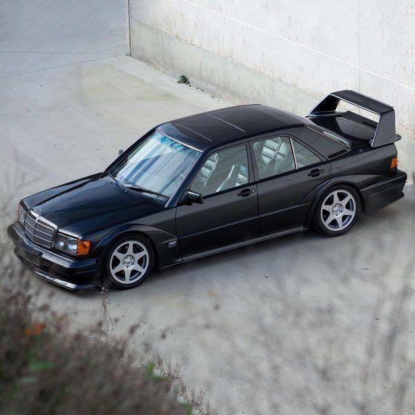Mercedes-Benz 190 E Evolution II (W201) (1990) - https://www.luxury.guugles.com/mercedes-benz-190-e-evolution-ii-w201-1990/