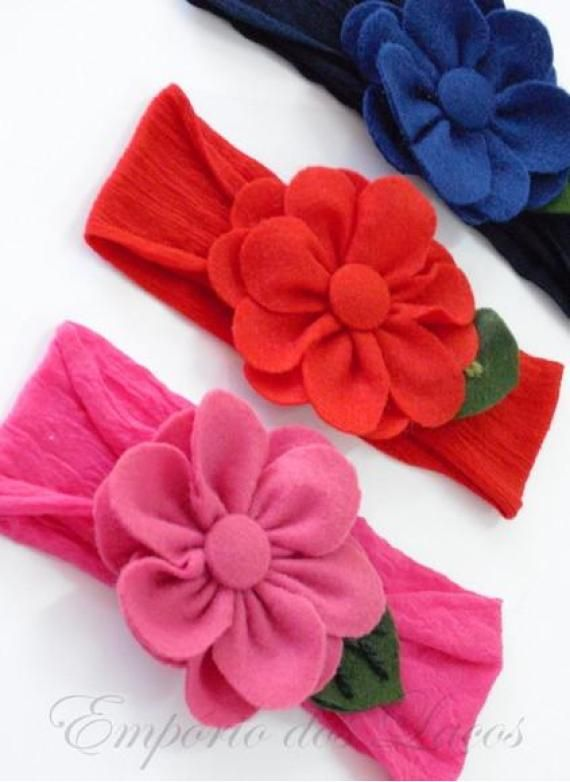 Flores de feltro na meia de seda - Produto 106029   AIRU
