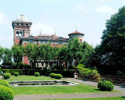 Villa Toeplitz Varese  #TuscanyAgriturismoGiratola