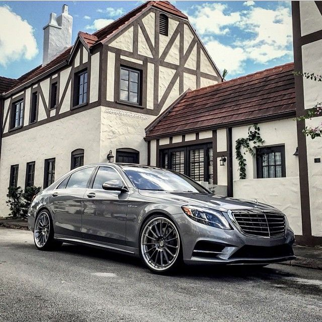 DRIVING BENZES — Mercedes-Benz S 550 (Instagram hrewheels)