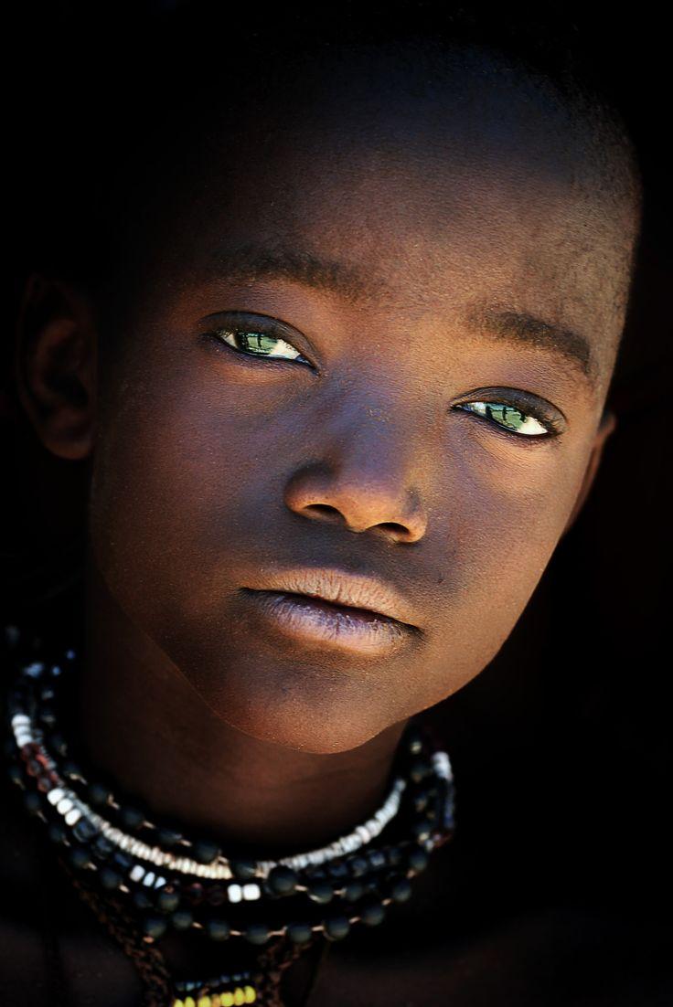 Africa | Himba tribe.  Namibia |Enfants MLV