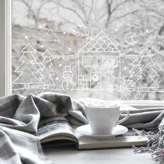 Een gezellig sneeuw landschapje #raamtekening met sneeuwpop, bomen, huisje en rendier. Een echt winter wonderland!