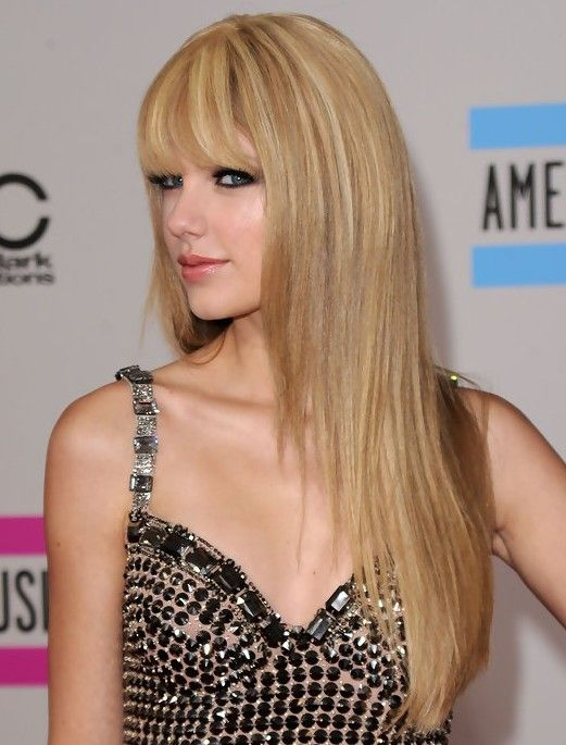 16 Taylor Swift Frisuren – Neueste Frisuren