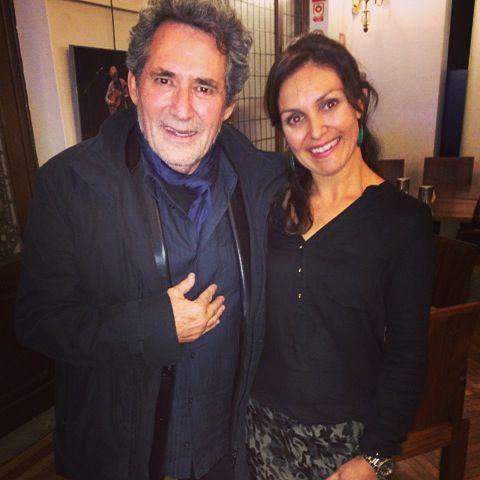 Miguel Rios interpretó una de las canciones del concierto Oris & Jaime Anglada en Temposinfonico