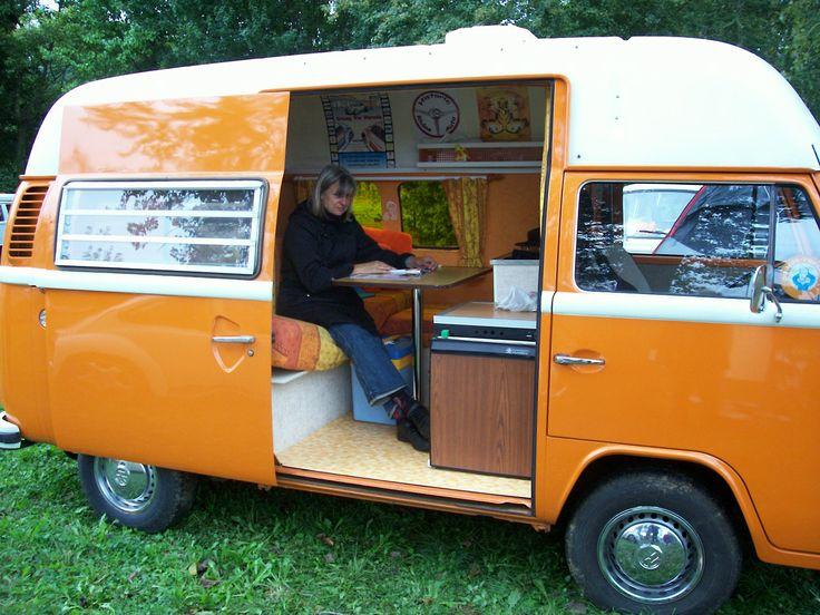 retro camping images echange camping car r tro contre autre voiture r tro ou moto. Black Bedroom Furniture Sets. Home Design Ideas