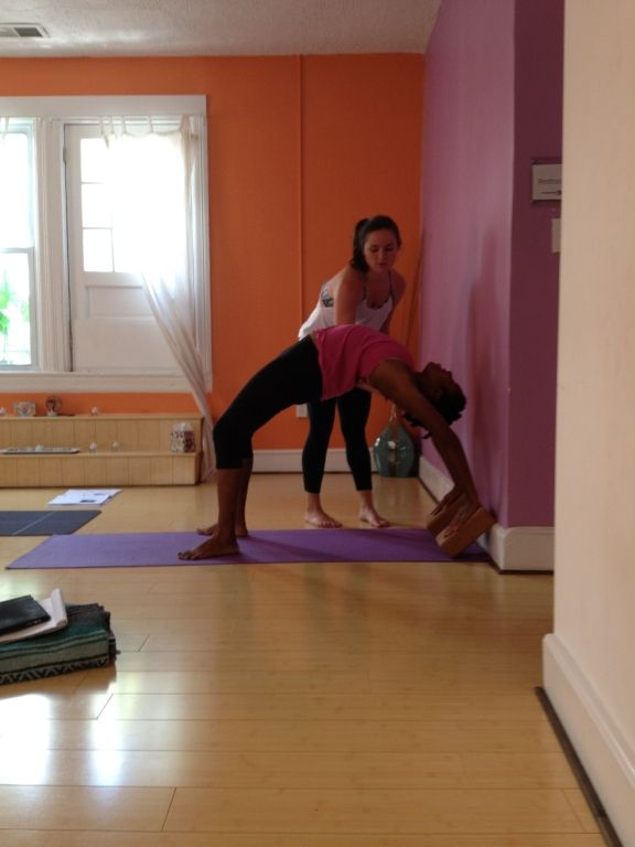 Wheel Pose using blocks against the wall. Tips for getting into wheel pose aka upward facing bow | Yoga props. Yoga living. Yoga tips