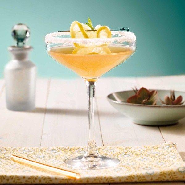 Deze klassieker is voor de liefhebben van citroen: Sidecar #cocktail #zomer #WeightWatchers #WWrecept
