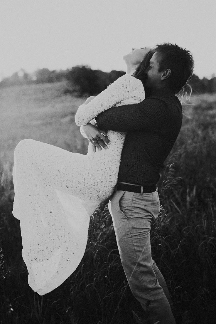 A celebration of love featuring the KIKI gown | Captured by India Earl | Grace Loves Lace