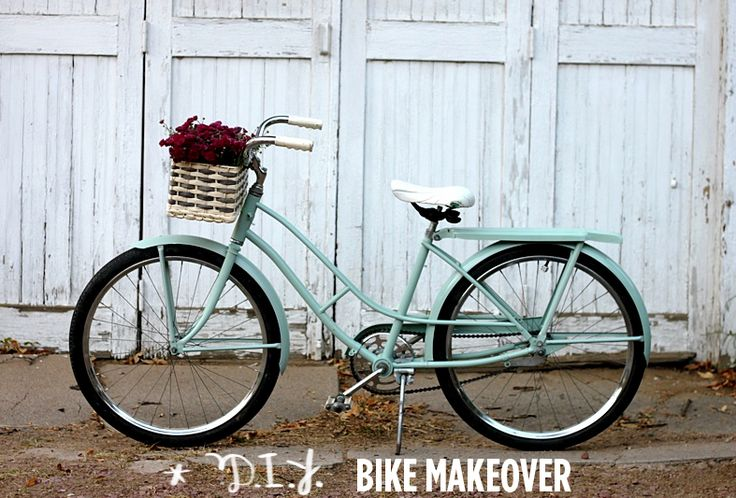 the exact tutorial i need!Diy Bikes Painting, Vintage Bikes, Diy Tutorials, Crafty Things, Beautiful Mess, Bikes Makeovers, Vintage Bicycles, Diy Painting Bikes, Old Bikes