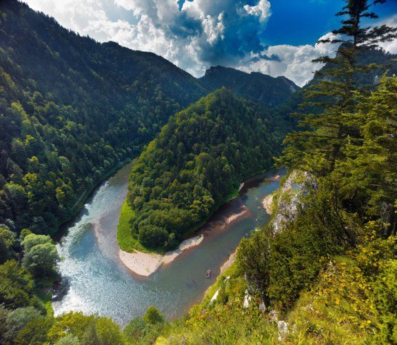 River Dunajec, Pieniny, Poland photo by Agencja BE