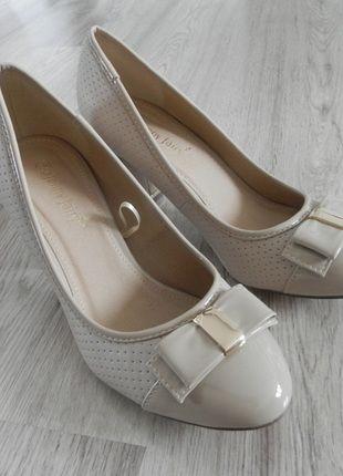 Kup mój przedmiot na #vintedpl http://www.vinted.pl/damskie-obuwie/na-wysokim-obcasie/14728167-buty-szpilki-bezowe-r-38-idealny-stan