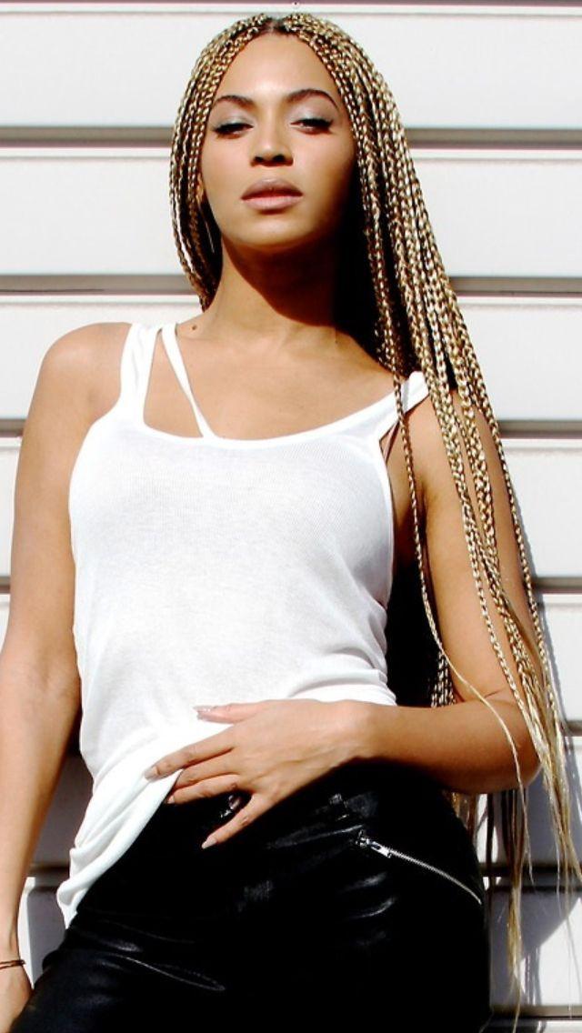 <3 @benitathediva  Beyonce. Bey-hive. Blond Braids. Blond Hair. Protective Hairstyles. Hair Style. Inspiration. Box Braids