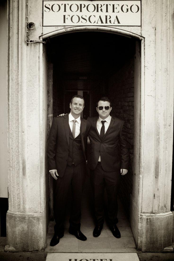 Wedding In Venice - Waiting in the doorway