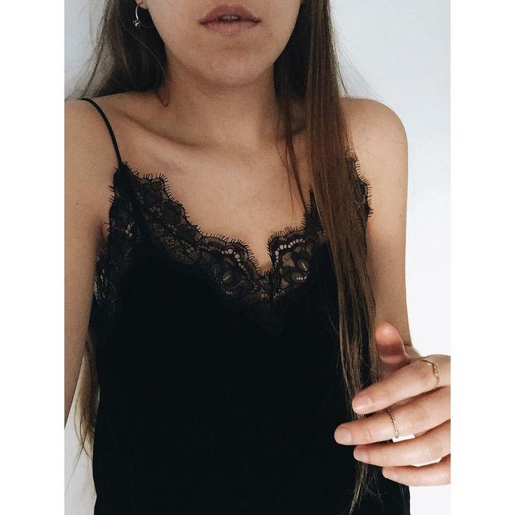 "323 Me gusta, 4 comentarios - Alexandra Ferrero (@alexandra_19f) en Instagram: ""🎄"""
