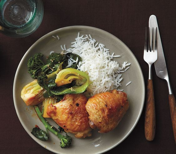 Hunting for quick, healthy weeknight meals? Try these easy dinner ideas and have supper on the table in to time.