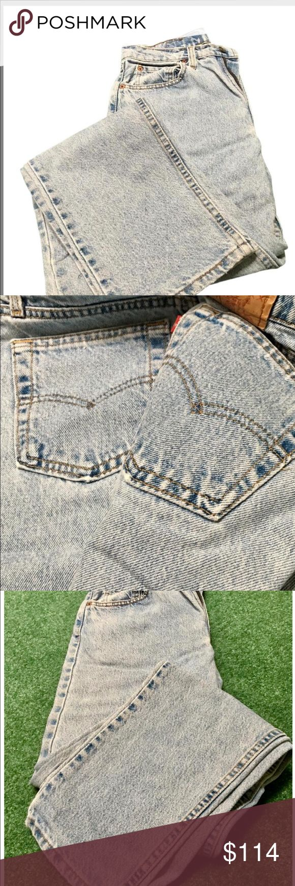 90's retro women's jeans, relaxed fit. Red label circa 1990's. High waisted. Relaxed fit. Narrow bottom. Vintage Look. Juniors size 7M. If you loved the fit of an early 90's Levi's cut, these are what you are looking for!!! I loved wearing these with my western boots. Narrow cuff the bottom and wear them belted for today's hot 90's Throw Back Trend look. Faded to perfection. Normal wear. Gently used. Levi's Jeans Boot Cut