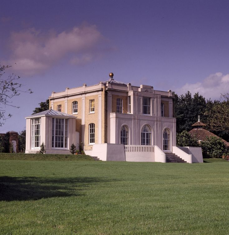 Stunning Architect John Simpson's impressive work of Classical Architecture. A Façades of the Ashfold House, designed for Simpson's parents in Sussex, England.