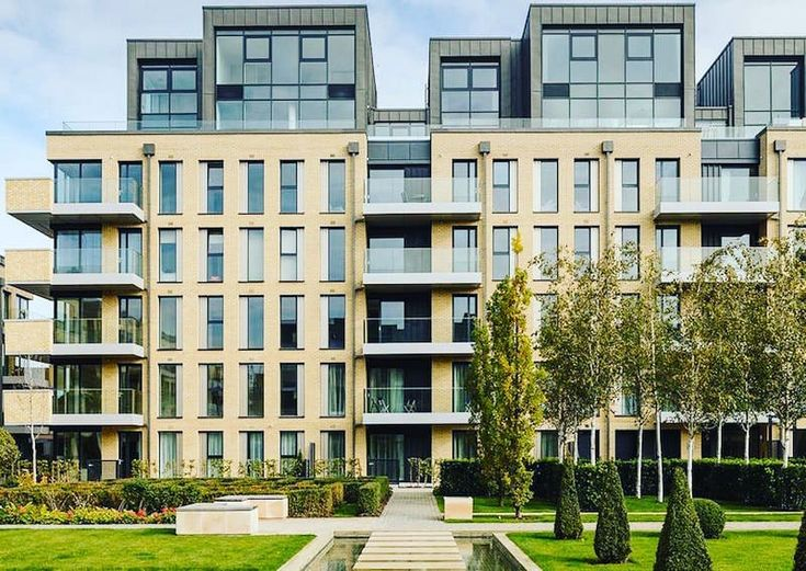 Superb riverside homes in prestigious Fulham London #London #Hampstead #Apartment #Investment #Luxury #Garden#investment #Relaxing  #Terrace #Balcony #central #beautifulhome #UpmarketLiving #Parking #Concierge  #LandscapeGardens #ModernLiving  #transportuk #propertyuk