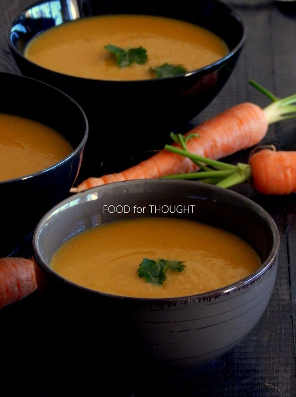 Καροτόσουπα βελουτέ με σελινόριζα και μπαχαρικά