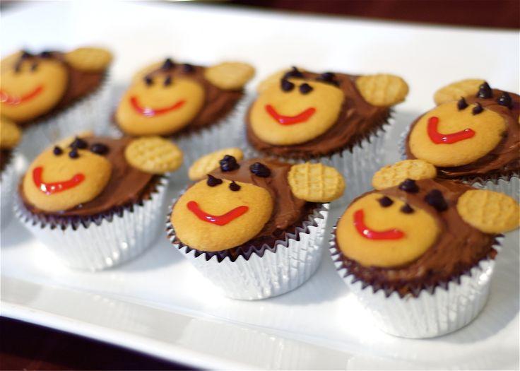 Very cute cupecake idea! : Shower Ideas, Monkey Theme, Birthday Parties, Theme Baby, Monkey Cupcakes, Easy Baby Shower Cupcakes, Chocolates Cupcakes, Cute Monkey, Birthday Ideas