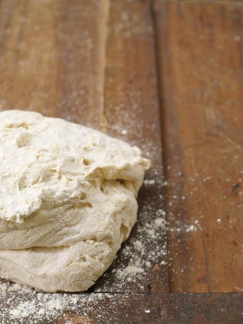 pizza dough | Jamie Oliver | Food | Jamie Oliver (UK)  - includes a good tip to add semolina flour if you can't find tipo '00' flour.