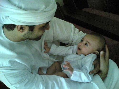 The love and bond between a father and his children, is just of another kind. Subhanallah ♥ Outstanding Muslim Parents Course http://www.ummaland.com/s/aij8y3