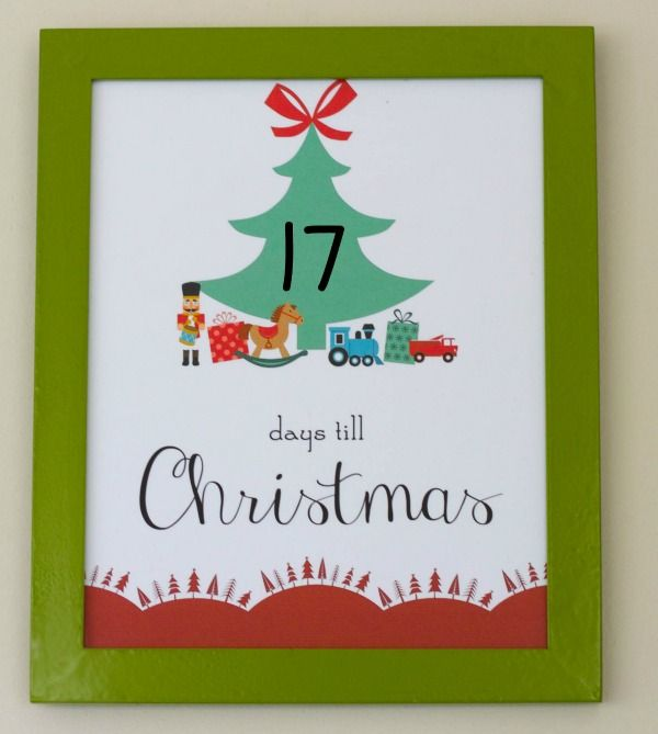 Only 17 Days Till Christmas! A Free Printable photo - Use a dry erase marker to count down the days!