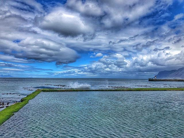 No need for words #brassbell #capetown #explore #hdr #snapeed #sea