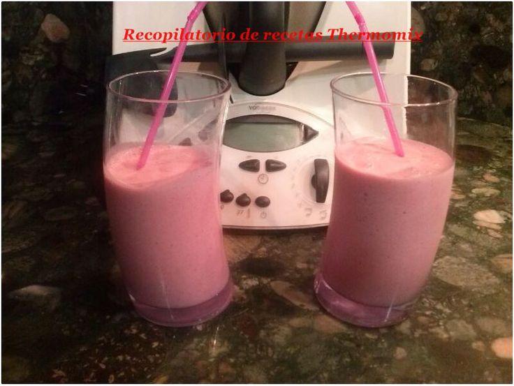 Recopilatorio de recetas : Batido de fresas y plátano light en thermomix