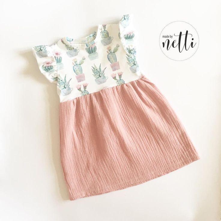 Schon lange kein Kaktus mehr hier gepostet daher gibts jetzt einen SOFORTKAUF für alle Mädelmamas Kleidchen im Mix aus Jersey und Musselin Erhältlich in den Größen 80-86-92-98 …. …. …. #sommer #tunika #rüschen #Sonne #fashion #kids #ootd #outfit #kaktus #musselin #nähenmachtglücklich #nähen #Mode #kidswear #fashionkids #girl #toddler #mädchen #rosa #sewing #sew #love #fabric #stuff #instafashion #kidsstyle #kidsclothes #fashiongram