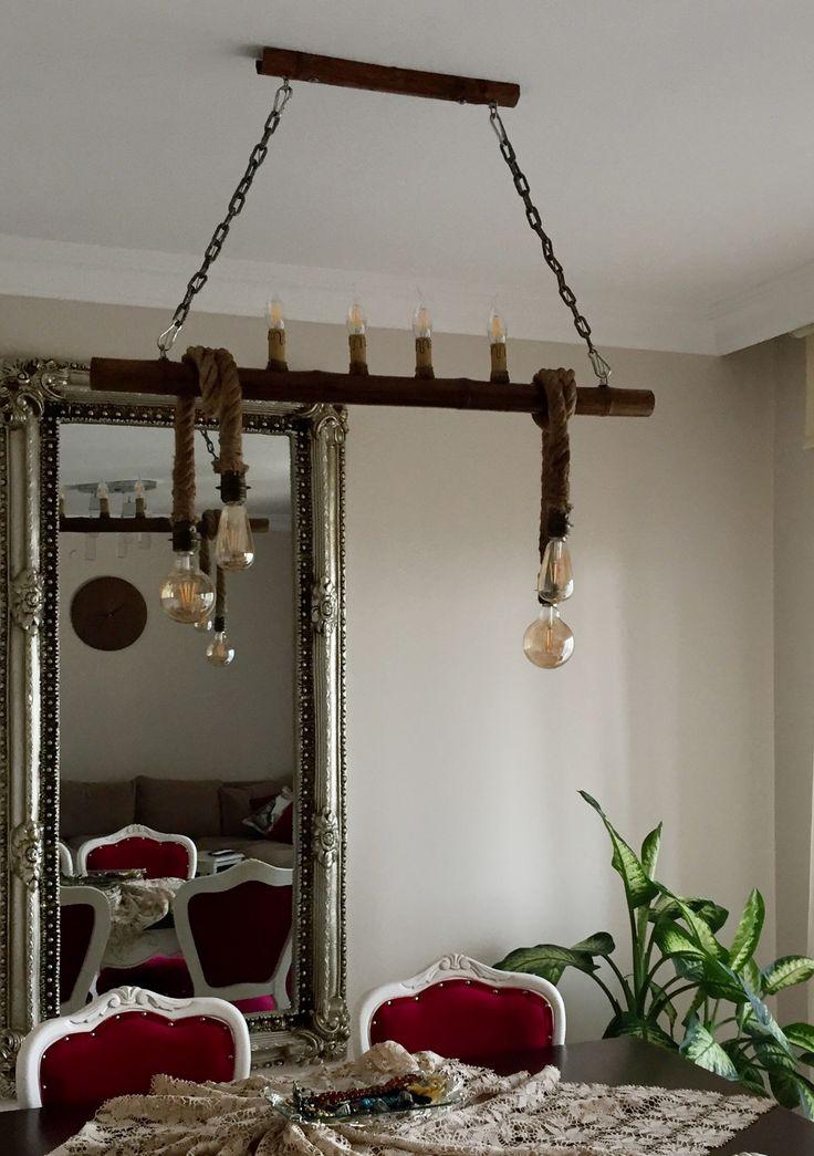 Tamamı el yapımı halat bambu ve ağaç motifli avizeler, kişiye özel ürünler üretilmektedir. Avize çift yönlü çalışmaktadır. İster mum ampülleri yakarak evinizi aydınlatın isterseniz rustik ampüller ile evinizi süsleyin.Detaylı bilgi almak isteyen arkadaşlar 05427431214 numaralı hattan ulaşabilirler. Model-002