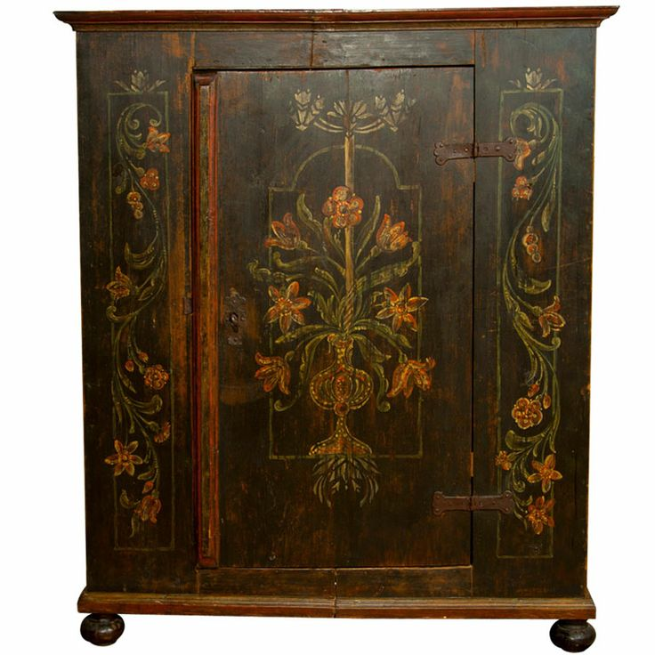 Best 20+ Floral painted furniture ideas on Pinterest   Hand ...