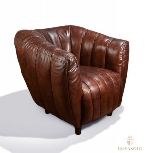 Stilig, annerledes og behagelig Bambino lenestol i vintage skinn! Denne stolen utmerker seg og tiltrekker seg oppmerksomhet enten man liker den eller ei. Med andre ord så er dette stolen for deg som ikke er redd for å skille deg ut og ønsker noe annerledes!  www.novasolo.no
