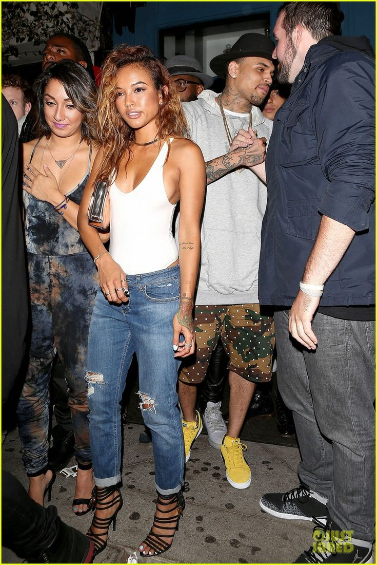 chris brown karrueche tran dance at hooray henrys 09 Chris Brown sports camouflage shorts while enjoying a date night with his girlfriend Karrueche Tran at Hooray Henry's on Friday (June 20) in West Hollywood, Calif.…